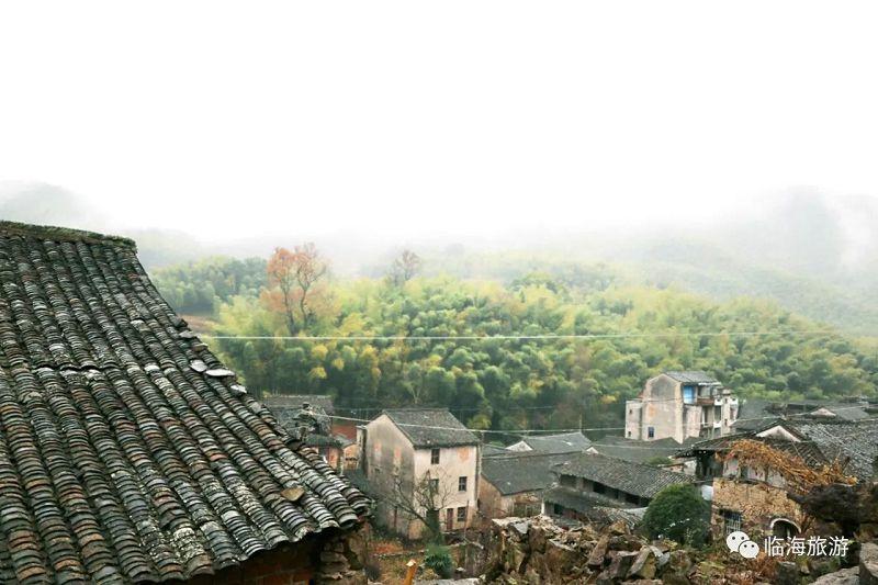 临海沿江南蒋村_沿江最高的山上村