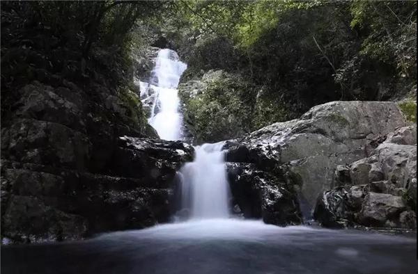 红山岙生态沟,30余个大小沟瀑布群
