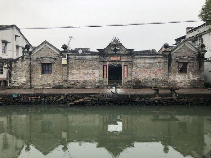 平阳栏杆桥村:粉墙瓦黛、小桥流水